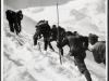 1917_Geschuetztransport_auf_den_Ortler_mit_gefangenen_Russen_WSC0034
