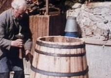 Binden eines Weinfasses (IWF)